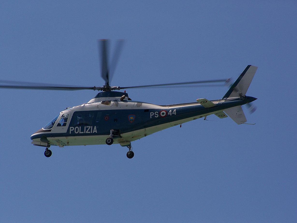 Elicottero Polizia : Elicottero polizia il nuovo online