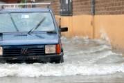 Meteo, il tempo migliora in Abruzzo ma restano i danni. Codice giallo in tutta la regione dopo un venerdì nero